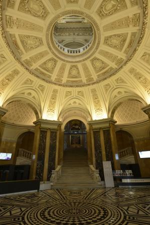 Die Eingangshalle des NHM. (Bild: NHM Wien)