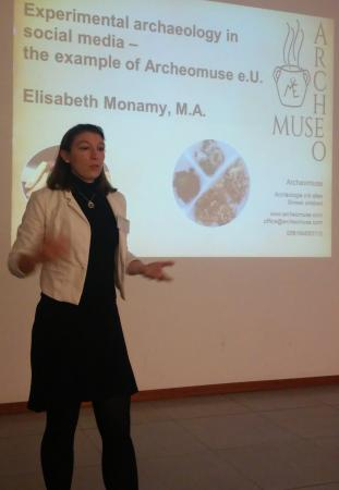 Elisabeth Monamy bei der Präsentation zu Archeomuse. (Bild: Löw - Kuratorium Pfahlbauten)