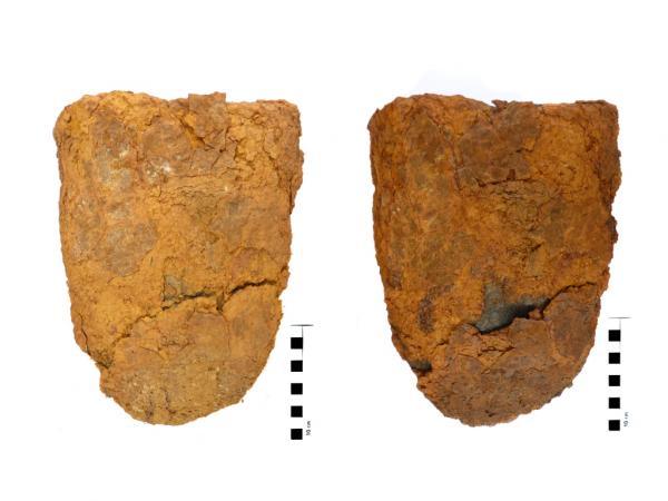 Klassisch konserviert – an diesem römischen Eisenobjekt wurde sogar die Kruste aus Korrosionsprodukten mitgefestigt, weil sich Abdrücke von Textilien darauf befanden. (Bild: Susanne Heiml)