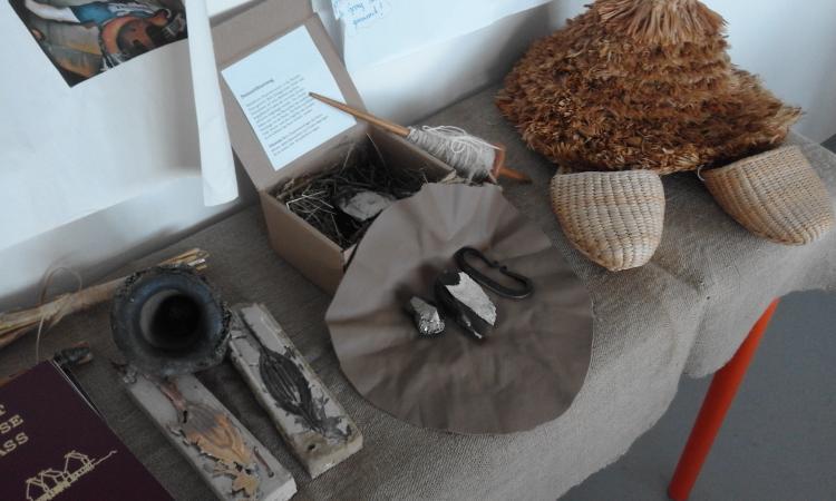 Neben diversen Rekonstruktionen konnten die TeilnehmerInnen auch Originalobjekte aus dem Heimathaus Vöcklabruck betrachten.