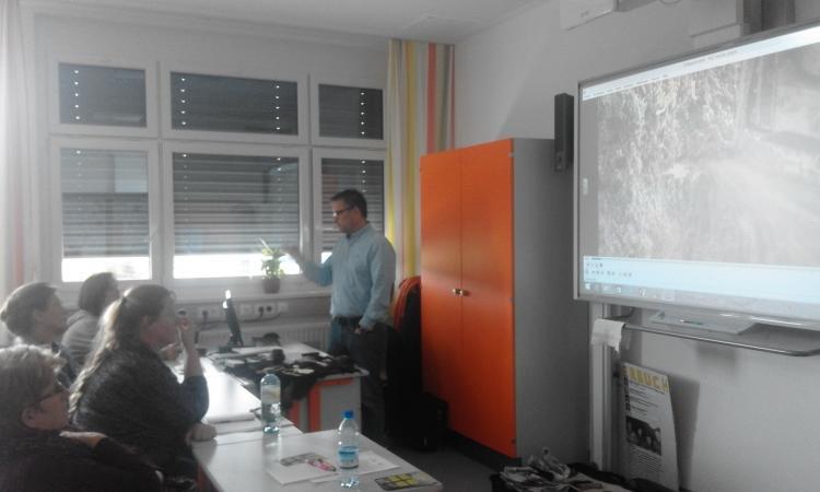 Vortragsreihe zum Thema Pfahlbauten in der NMS-Seewalchen