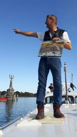Unterwasserarchäologe Martin Mainberger zeigt uns die Pfahlbausiedlungen vor Konstanz. Foto: Henrik Pohl