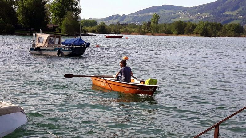 Michael Westerkam auf dem Weg zu unserem Forschungsboot. (Bild: Team Zeitensprung)