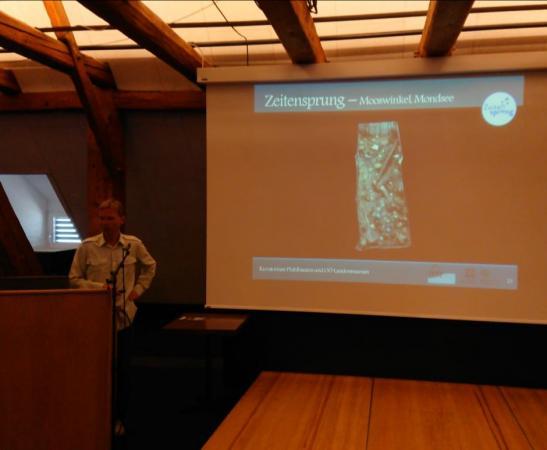 Henrik Pohl präsentierte das Forschungsprojekt Zeitensprung. Foto: Gerd Knebel