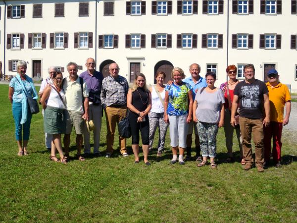 Vor dem Kloster Schussenried. (Foto: Lieselore Meyer)