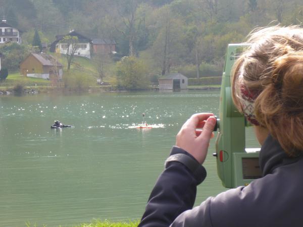 Eine unserer Wissenschaftlerinnen beim Monitoring an der UNESCO-Welterbestätte See im Jahr 2015 (Bild: Kuratorium Pfahlbauten)
