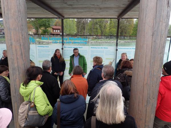Pfahlbau-Pavillons Seewalchen: Ein Leben im Pfahlbaudorf