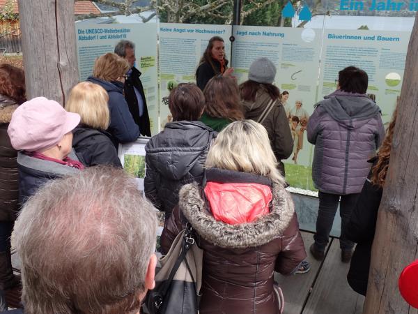 Vorstellung des Pfahlbau-Pavillons Attersee: Ein Jahr im Pfahlbaudorf