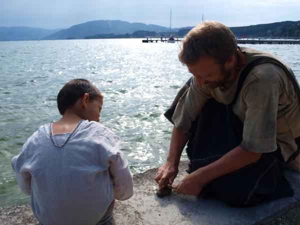 In Seewalchen gab es einiges an Archäotechnik zu sehen. (Bild: Seidl da Fonseca - Kuratorium Pfahlbauten)