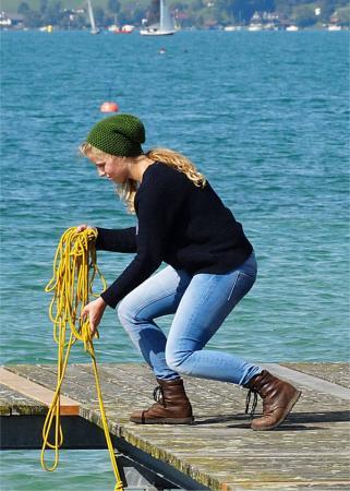 Sophie kümmerte sich darum, dass das Forschungsboot ordentlich vertäut wurde, wenn es zurück kam an den Steg. (Bild: Luki)